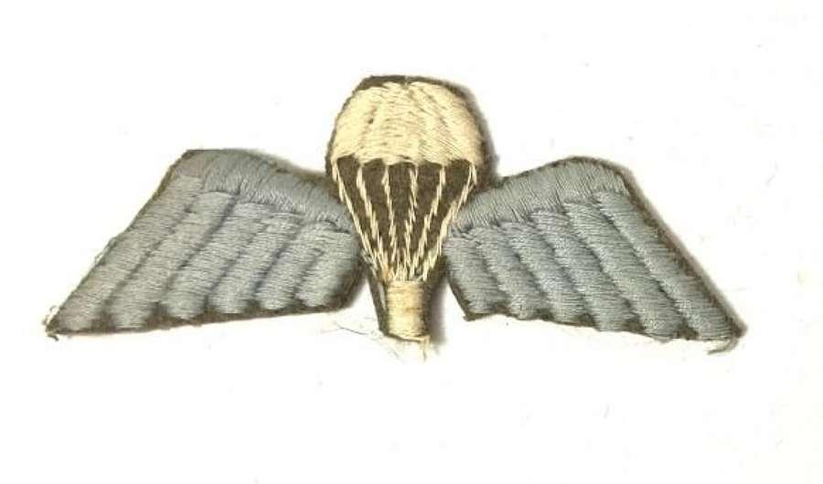 Original WW2 British Parachute Qualifiaction Badge