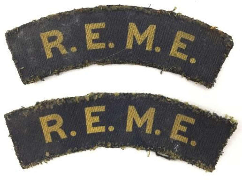 Original WW2 Printed REME Shoulder Titles