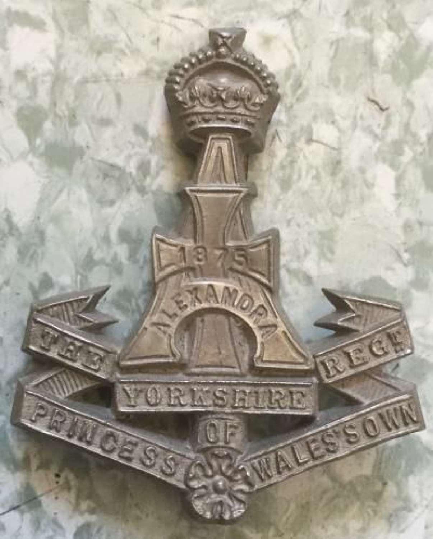 Alexandra Princess Of Wales's Own (Yorkshire Regiment) Economy Cap Badge
