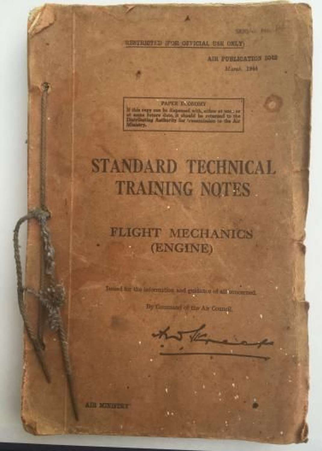 RAF Standard Technical Training Notes, Flight Mechanic, Engine Dated 1