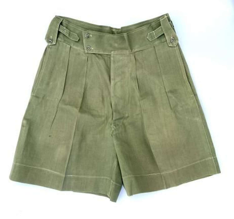 Original 1950s Theatre Made Jungle Green Shorts (2)