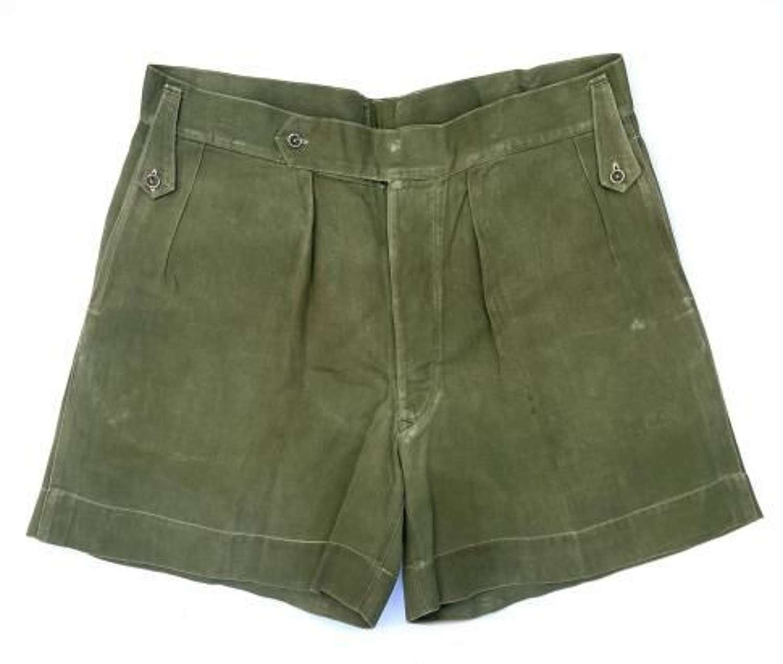 Original 1950s Theatre Made Jungle Green Shorts (1)