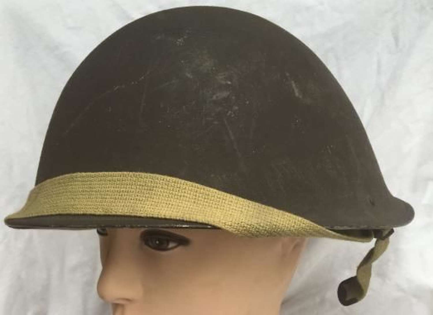 Scare 1945 Dated British Army MK IV 'Turtle' Helmet