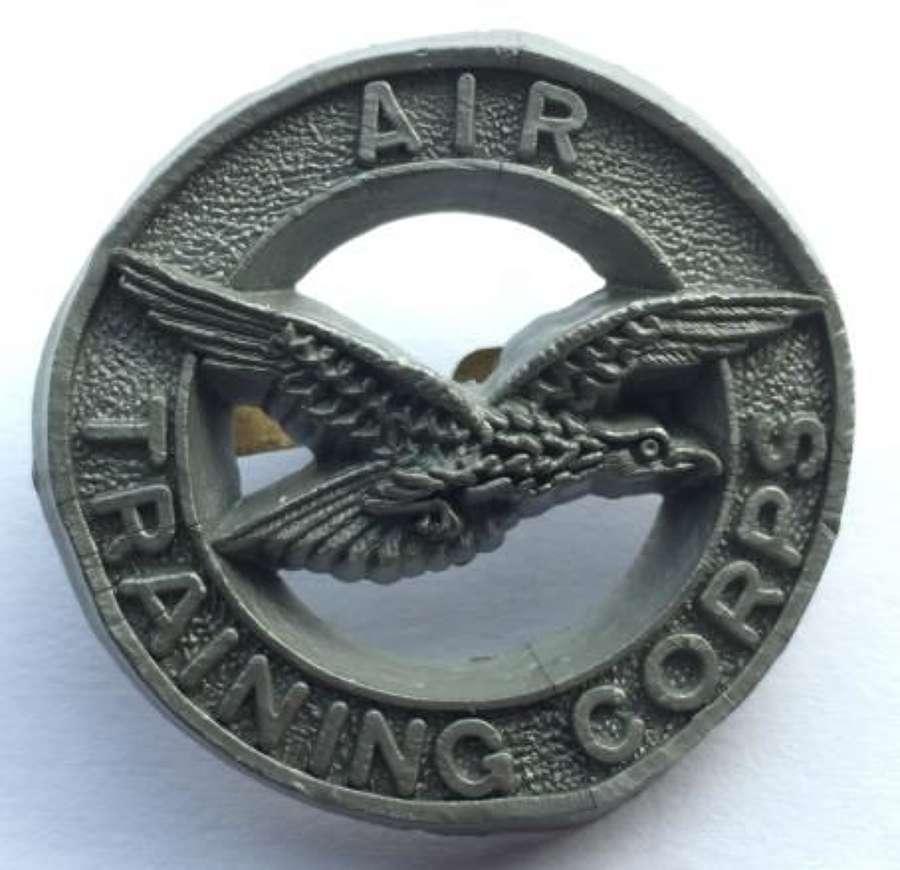 Scarce Plastic Economy Air Training Corps Cap Badge