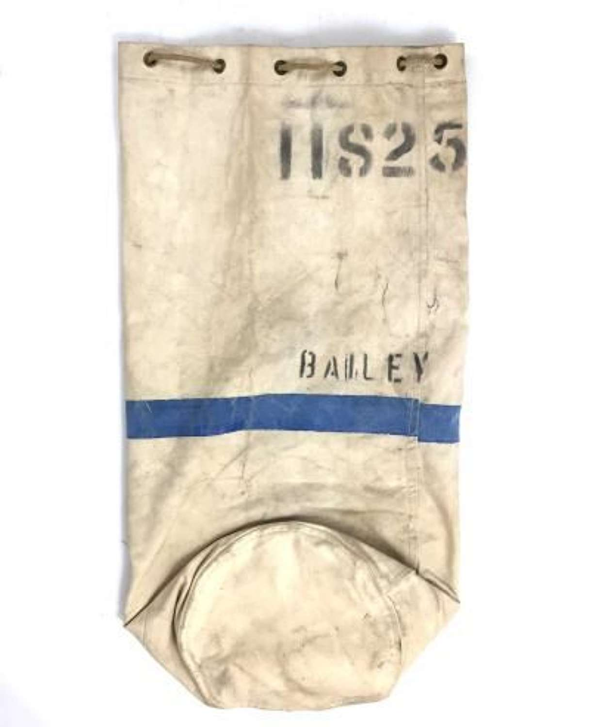 Original 1942 Dated RAF White Canvas Kit Bag Named to 'Bailey'