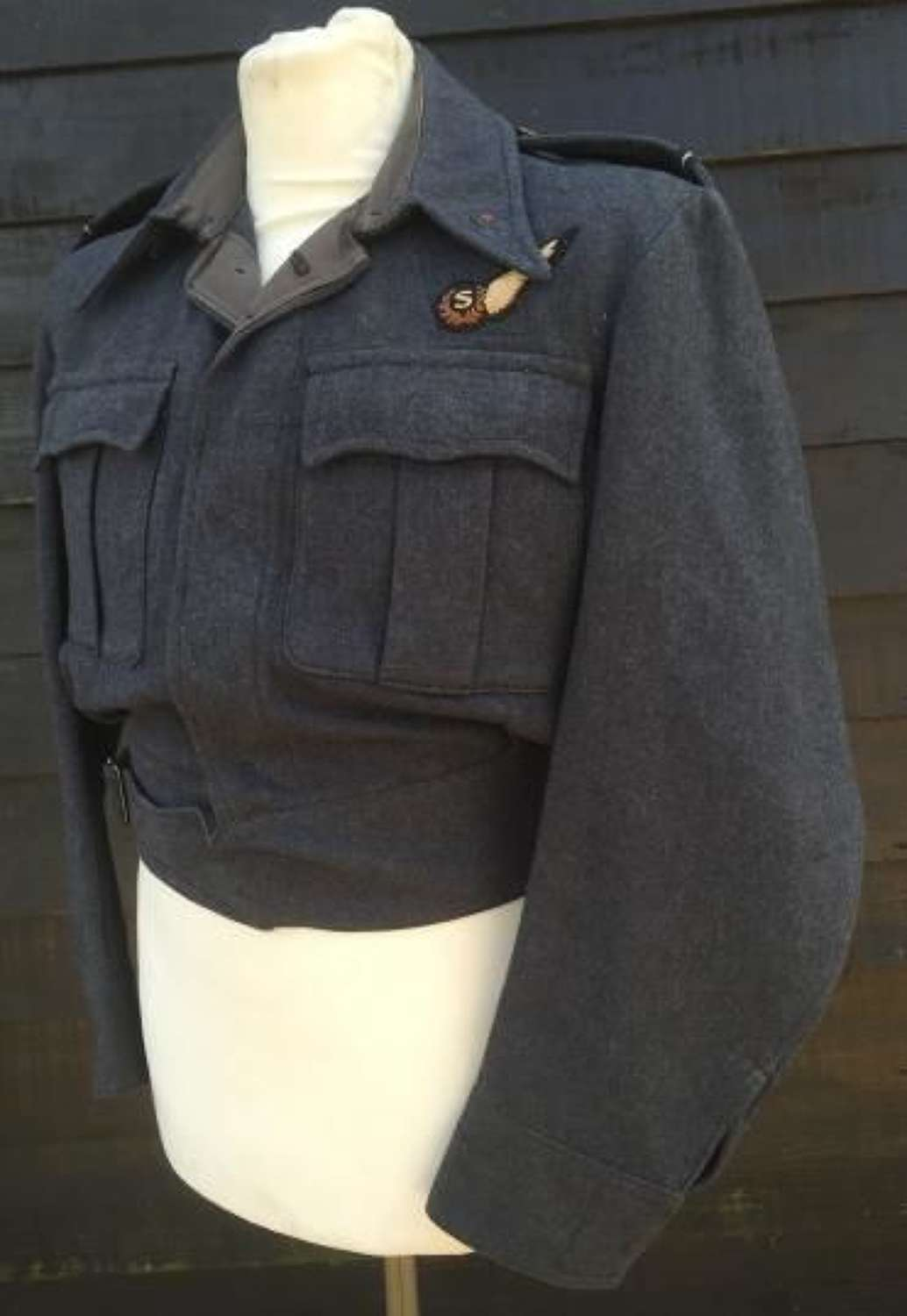 Orignal WW2 RAF War Service Dress Blouse Dated 1945