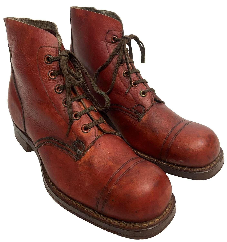 Original 1945 Dated Australian Army Pattern 10085 Boots - Size 8