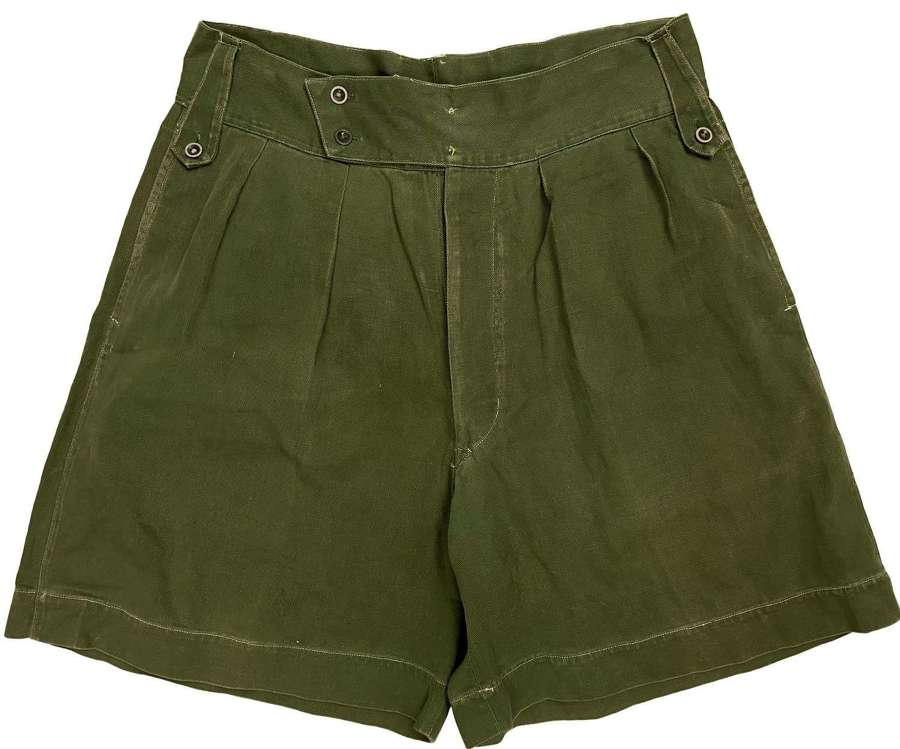 Original 1940s Theatre Made British Jungle Green Shorts - Size 32